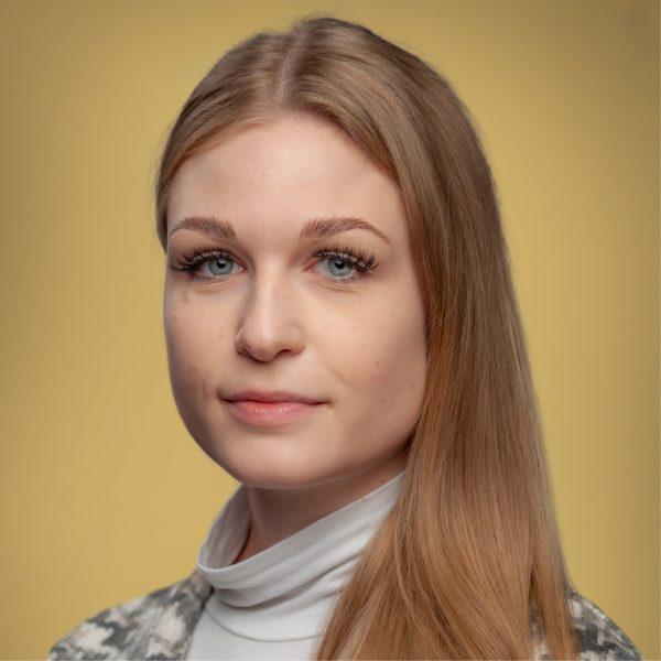 Alina Motokutti1