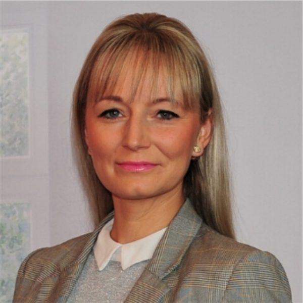 Anja Göbel