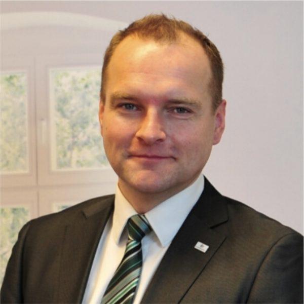 Oliver Perko1