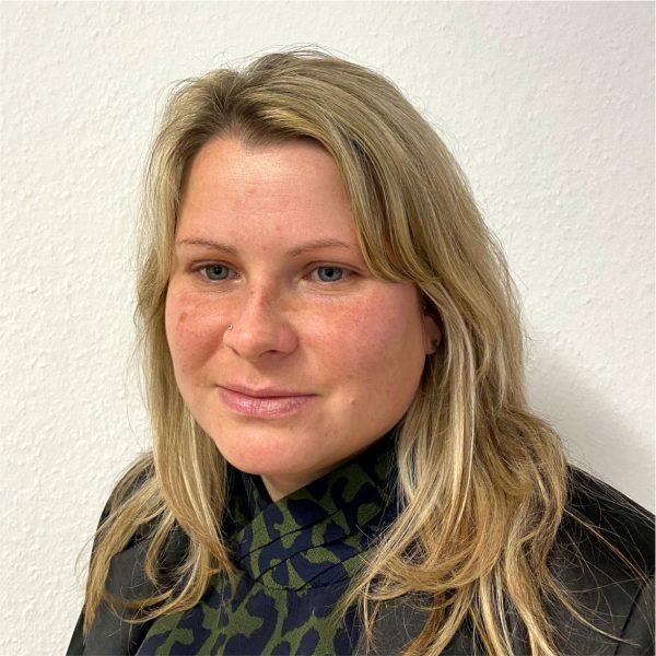 Stefanie Jäger1